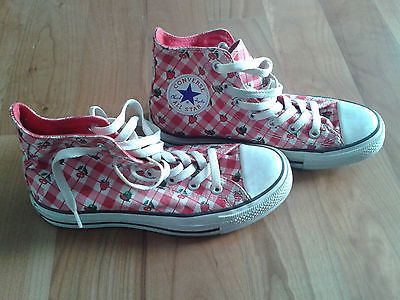787b2199e95d Converse strawberry and cherry sneakers US 7 UK 5 EUR 37.5