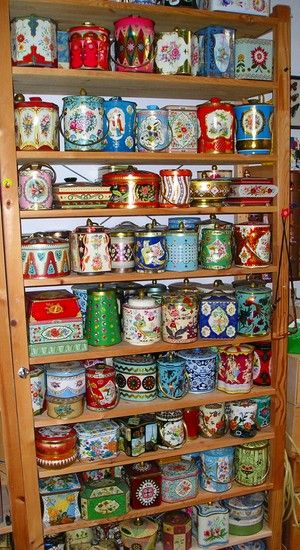 Vintage English Candy and Brisket Tins