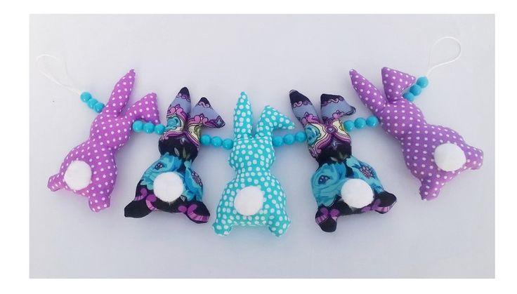 Góralska zabawka do wózka i do łóżeczka w Yayo-handmade na DaWanda.com