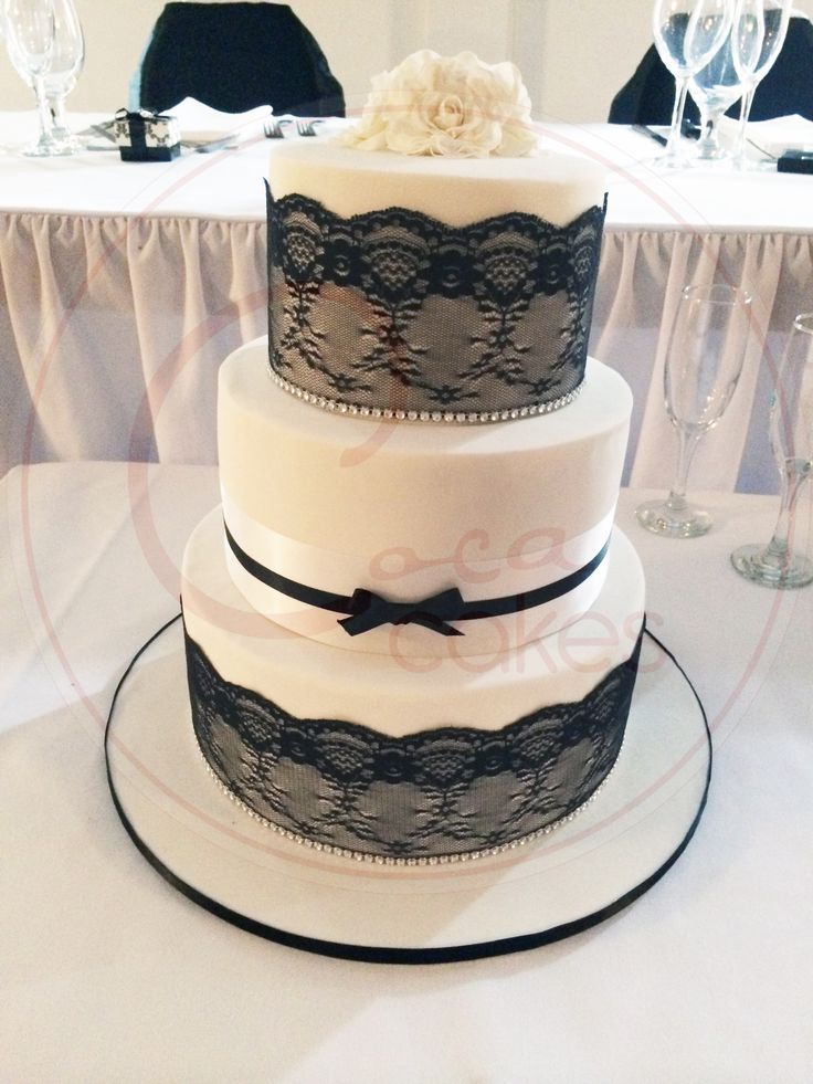 Coca Cakes - Wedding - Black and White Lace