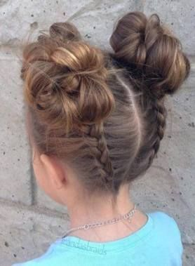 28+ Trendy hairstyles for school photos messy buns #hairstyles