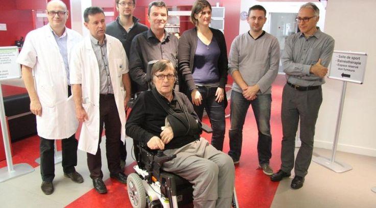 Rendre des fauteuils électriques capables de calculer leur trajectoire et d'éviter les obstacles