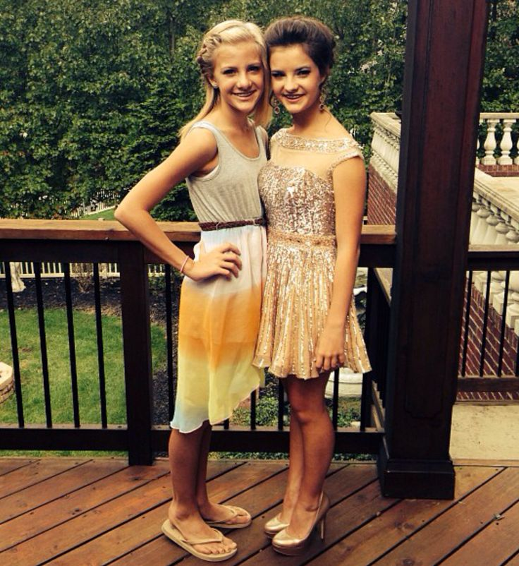 Paige and Brooke Hyland (Brooke's homecoming 2013!)