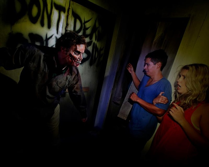 in less than 5 hours the gates to hhn 2012 will openonce - Hours Halloween Horror Nights