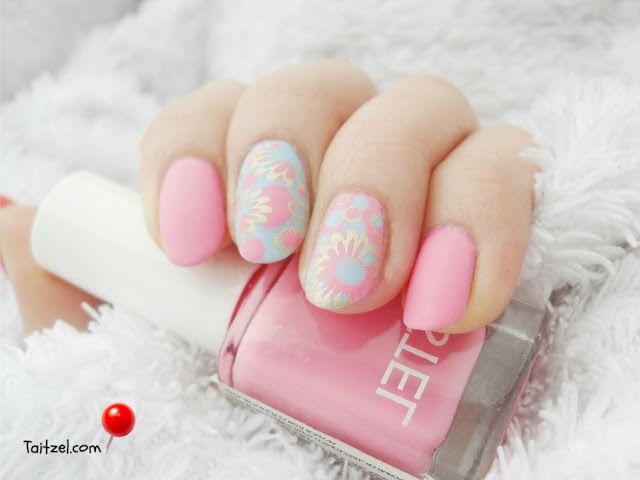 2016 Pantone Colors Rose Quartz-Serenity nail art design - manichiura cu oja roz si bleu