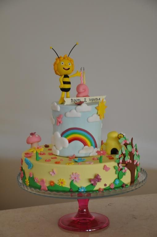 Maya the bee cake by bahrona1248675 | Cake Decorating Ideas