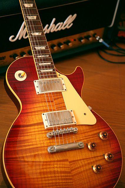 For More Guitar Stand Click Here http://moneybuds.com/Guitar/