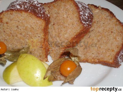 Jablková bábovka s vůní skořice a rumu