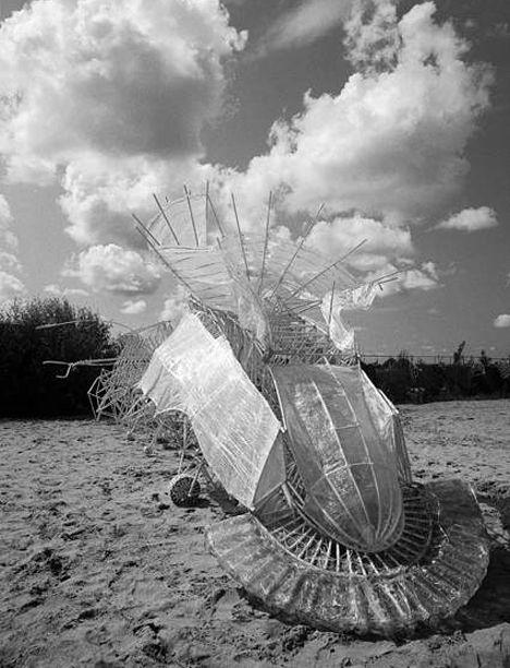 Moving Art: Unbelievable Kinetic Sculptures of Theo Jansen