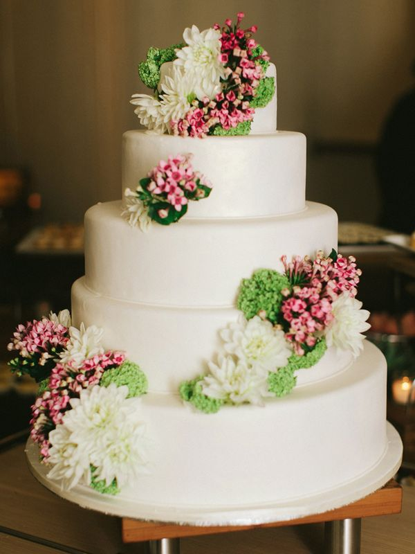 simple tiered white wedding cake cakes pinterest miami wedding bride and white wedding cakes. Black Bedroom Furniture Sets. Home Design Ideas