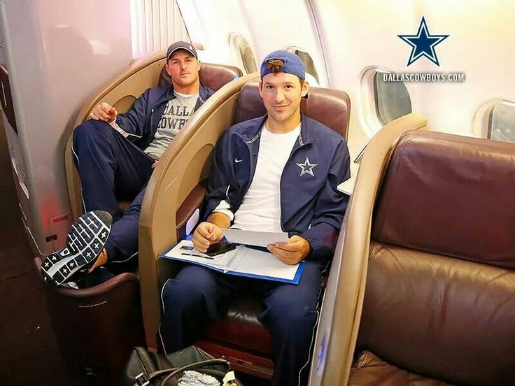 Romo & Witten on the way to England 2014.