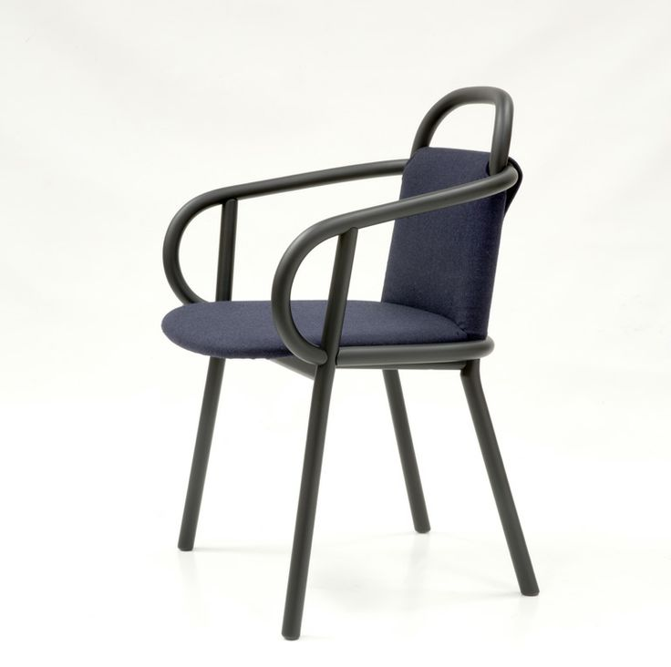 This chair, that revisits the classic archetype, is made of solid,  steam-curved wood but its main characteristic is that it can be Ã?dressed  for each ...