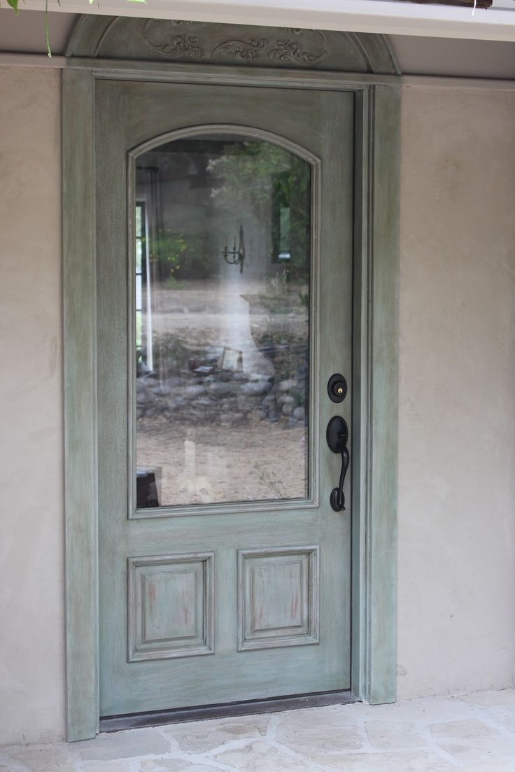 European Farmhouse Charm: My Recycled Front Door Makeover