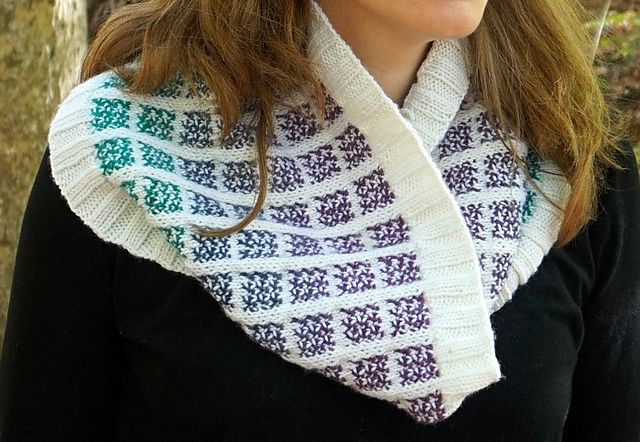 Ravelry: Anning Cowl pattern by Emily Wood