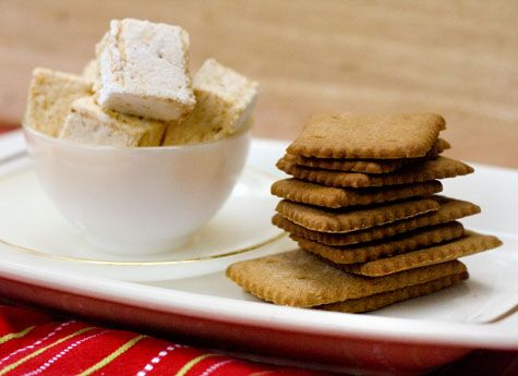 ... fall. Homemade graham crackers and pumpkin spice marshmallows. Yummy