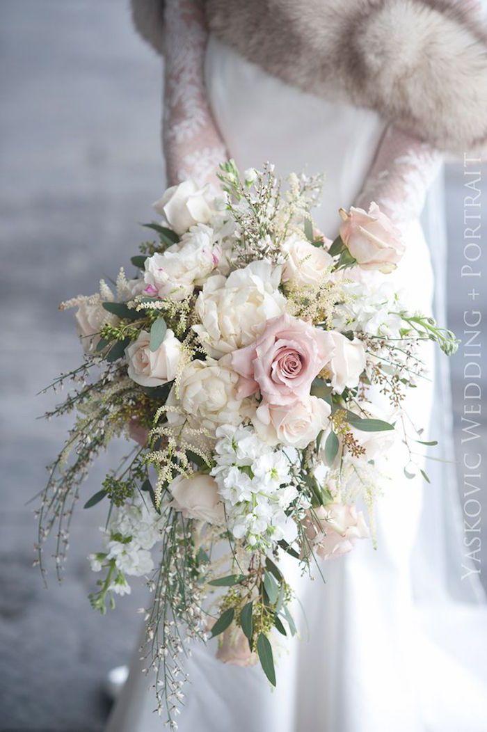 stunning white wedding bouquet; Photographer: Rob Yaskovic
