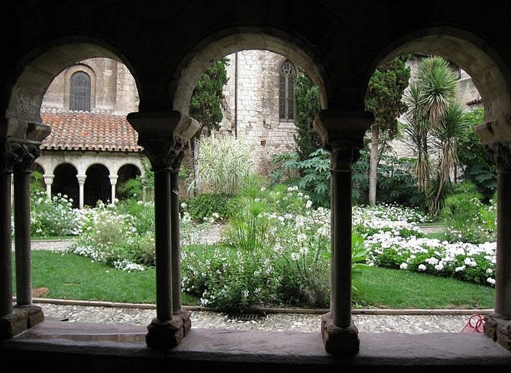 Cloître Saint-Salvy ALBI (Tarn)