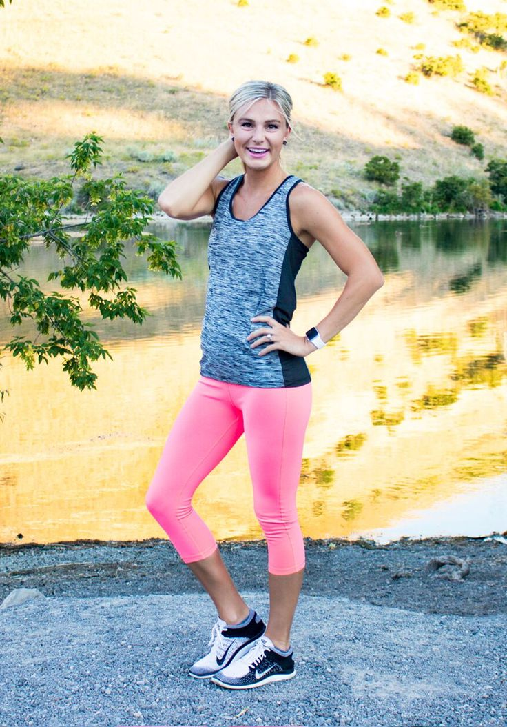 Courtney Housley in the 13.1 Tank and Coral Leggings