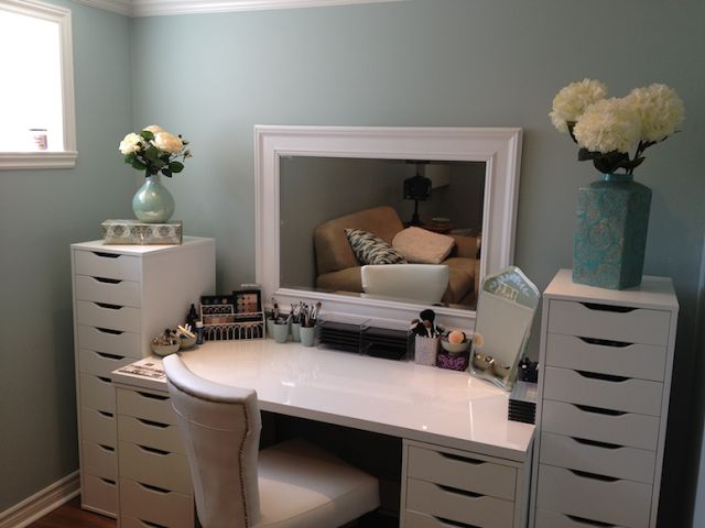 """If I was ever lucky enough to have a """"Make-up Room"""" I would definitely want to have this set.  (I know the tall dressers are """"ALEX"""" from IKEA).  This lady sure does have a HUGE make-up collection too!!"""