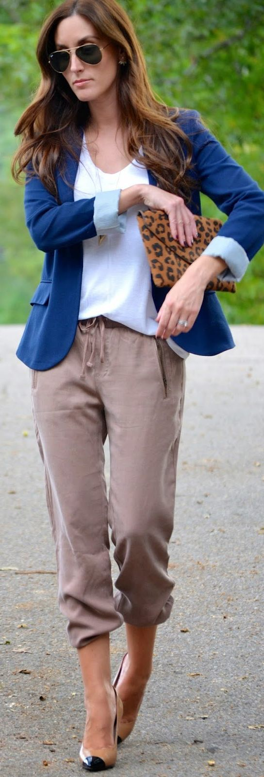 Tan Women's Joggers, white tee, bold colored blazer and nude pumps.