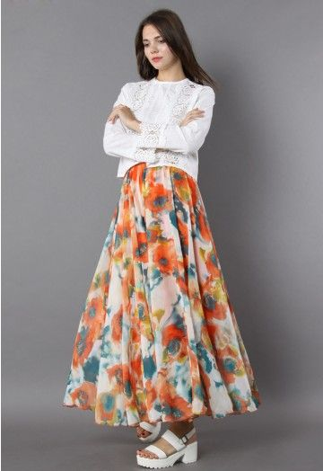 After adopting this floral maxi into your wardrobe, you feel determined to flaunt it at every opportunity! Passionate orange flowers take bloom on this frilling maxi and add tons of glam to your already posh appearance! - Elastic wasit - Frilling hemline - Lined - 100% Polyester - Machine wash gently Size(cm) Legnth Waist S       100   64-70 M       100   70-76 L        110   76-82 XL       110   82-88 XXL      110   86-92 Size(inch) Length…