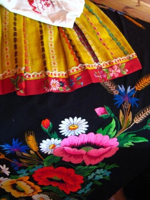 traditional skirt and embroidery, Muhu, so colourful #colourfulestonia #visitestonia
