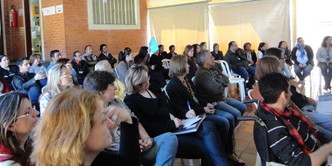Funcionários do NRE de jacarezinho realizam Semana Pedagógica   - http://projac.com.br/noticias-educacao/funcionarios-do-nre-de-jacarezinho-realizam-semana-pedagogica.html