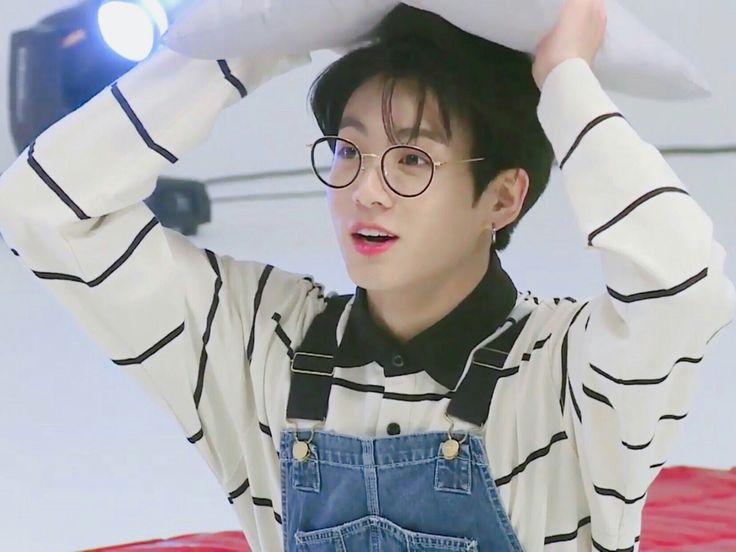 Kết quả hình ảnh cho jungkook bts 2017 run ep 30