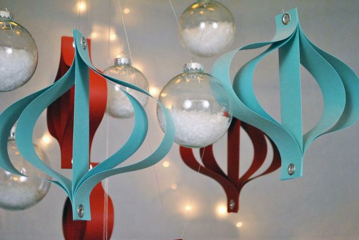 Easy and cheap modern Christmas Decorations from the upcoming Modern Christmas Party Pack.