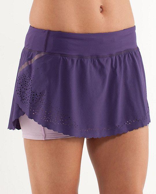 lululemon marathon skirt. must get for my next half