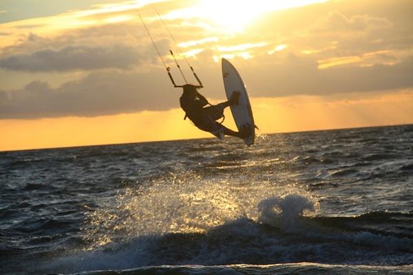 Kitesurfen lernen auf Rügen: Kiteschule Ostsee