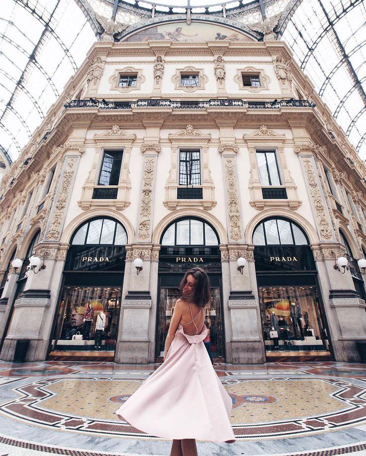 """Mi piace"": 9,026, commenti: 73 - p e l a g e a (@pollunaa) su Instagram: ""The Devil Wears Prada // Дъявол носит Prada Второе по красоте место в Милане. Зайдя туда, первое,…"""