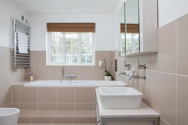 Instantly Size Bathtubs With This Quick Reference Guide: Alcove Bathtubs