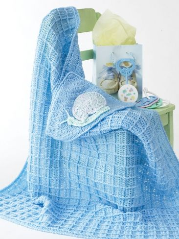 frazada azul con varetas y realce
