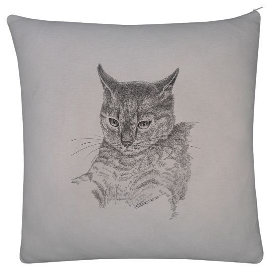 Poduszka szara, grafika kot. Gray pillow. Ink drawing - cat