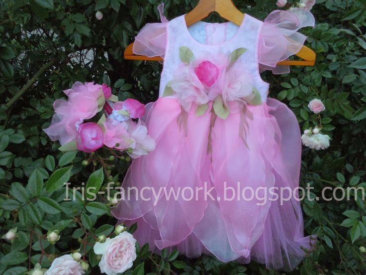"""Детский праздничный комплект """"Цветочная фея"""" – нарядное платье из органзы и тюля, цветочный венок-ободок и браслет с бутоньеркой. Мастер класс."""