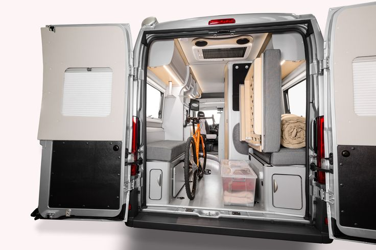 Fiat motorhome interior - Trakka Torino Xtra