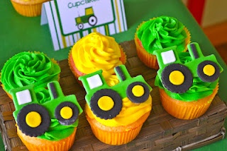 Tractor party cupcakes