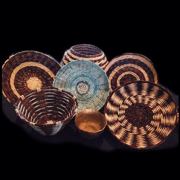 Nuestras preciosas cestas solo para ti! Elige cuál te gusta más y contáctanos por el Direct🔃✨#espacio_creativo#apartamento_2003#papel_arte#diseño_personalizado#cestas#basketry#hechoamano