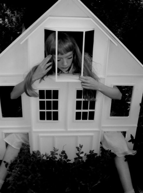 Wonderland: Things Alice, 1933, Alice In Wonderland, Art, Dollhouse Alice, Dollhouses, Photography, Aliceinwonderland