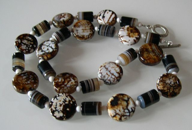 BEAUTIFUL NATURAL COFFEE AGATE NECKLACE 56 CMS  NATURAL COFFEE COLOR GATE  NECKLACE FROM GEMROCKAUCTIONS.COM