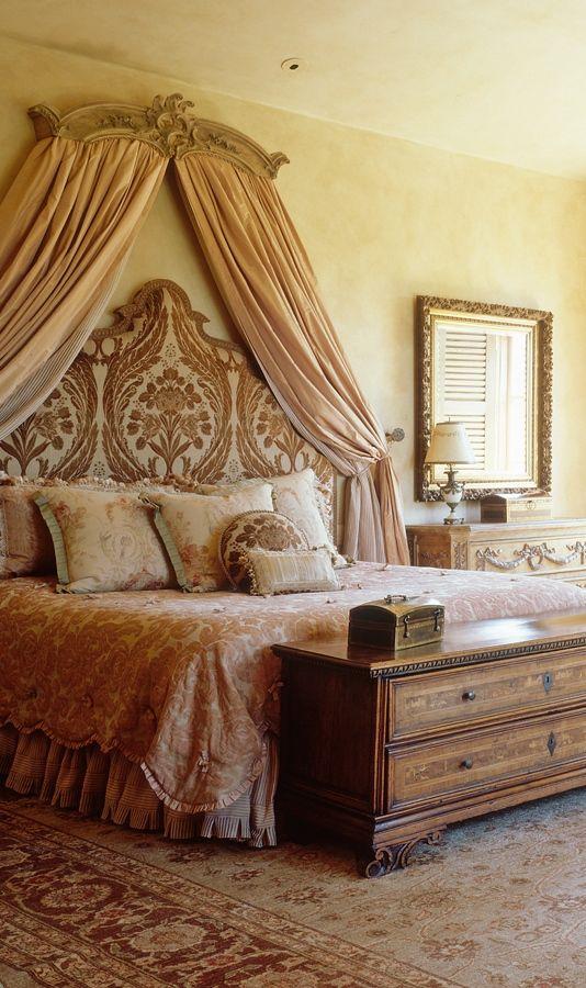 Tuscan Bedroom | Sharratt Construction ᘡղbᘠ