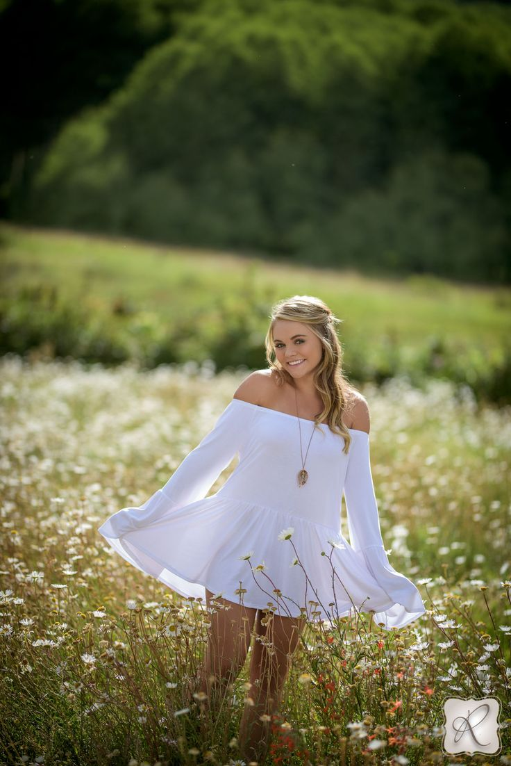 Best 25 Outdoor Senior Photography Ideas On Pinterest