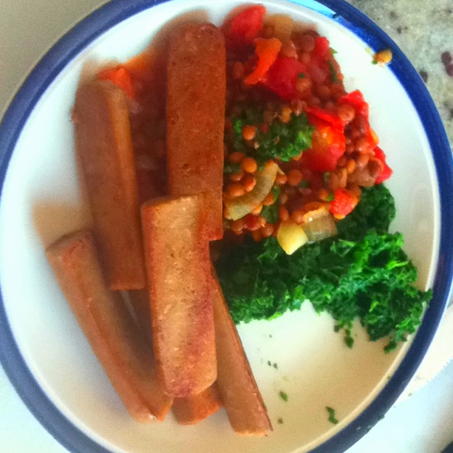 #4HB four hour body, breakfast. Veggie sausages, spinach and lentils in tomato sauce!