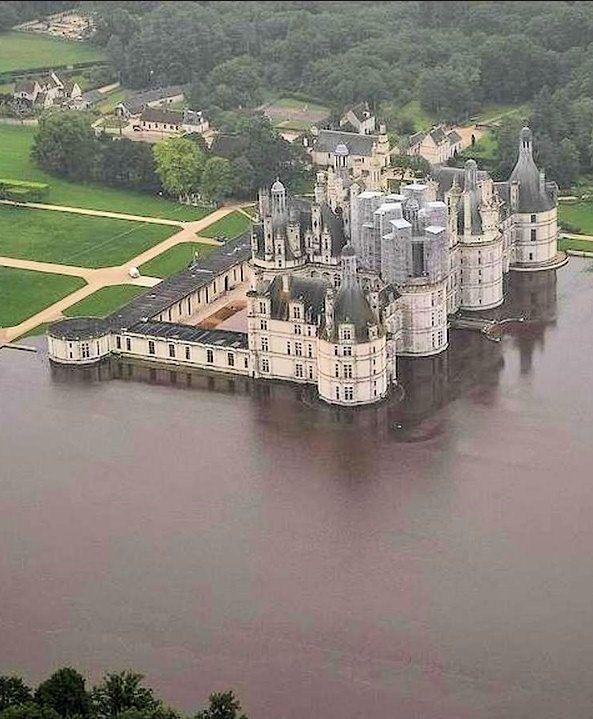 Chambord Castle, 180 kms from Paris, June 2016 floods