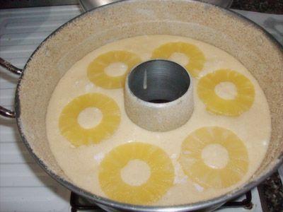 Ciambellone all'Ananas nella pentola a fornetto