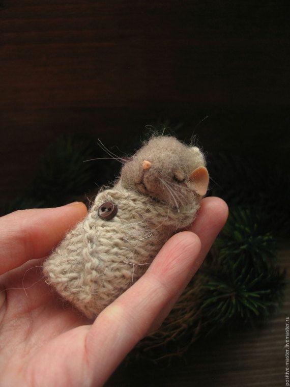 mouse nest needle felting