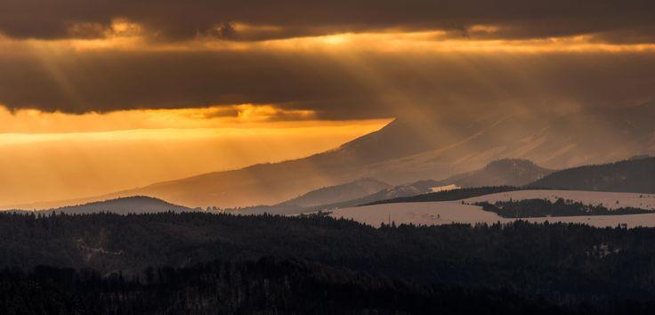 Rays by Mateusz Kuca on 500px
