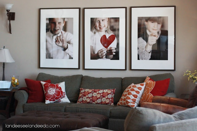 Landee See, Landee Do: Decorating With Photos....change out the photos according to the season!