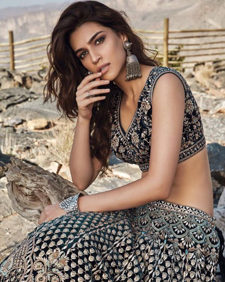 Kriti Sanon Follow @aRchit3298 on Twitter #beautiful #hot #traditional #fashion #beauty #cute #adorable #style #glamour #gorgeous #stunning #hotness #hottest #smile #sexy #bollywood #hollywood #success #pretty #life #daily #fitness #yoga #princess
